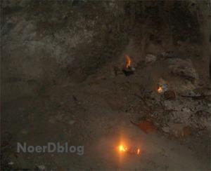 Nyala api di pantai sekitar Tanjung Api - Tojo Unauna - Sulawesi Tengah